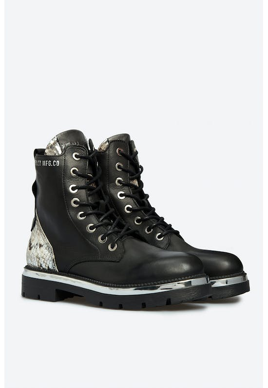 Hegon Lace Up Leather Boots